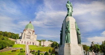 Montreal Vacation Travel Guide | E...